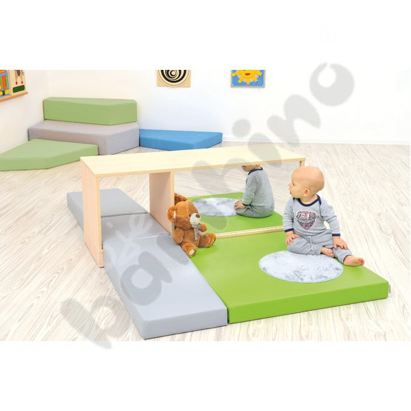 Quadro - play corner with mirror - Moje Bambino